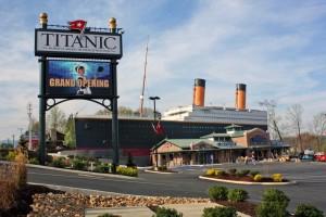 titanic-pf-exterior03_zpscfe44819