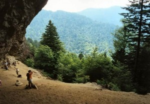 gatlinburg-hiking-mtleconte-alum-cave