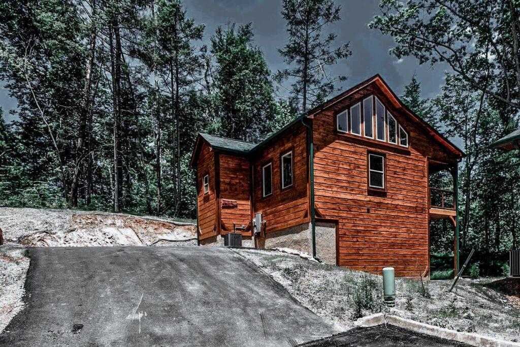 Heart of Great Smoky Mountains Gatlinburg Cabin