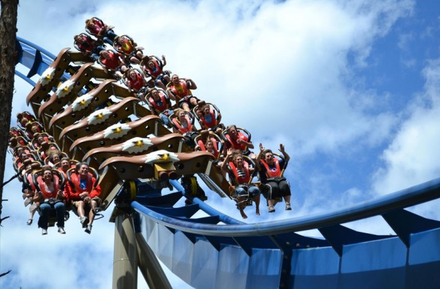 Dollywood 2 Tix Deal Detail - Gatlinburg Vacation Packages