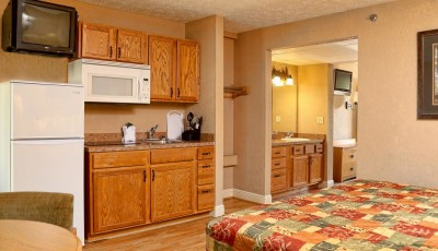 Creekstone-Inn-kitchenette